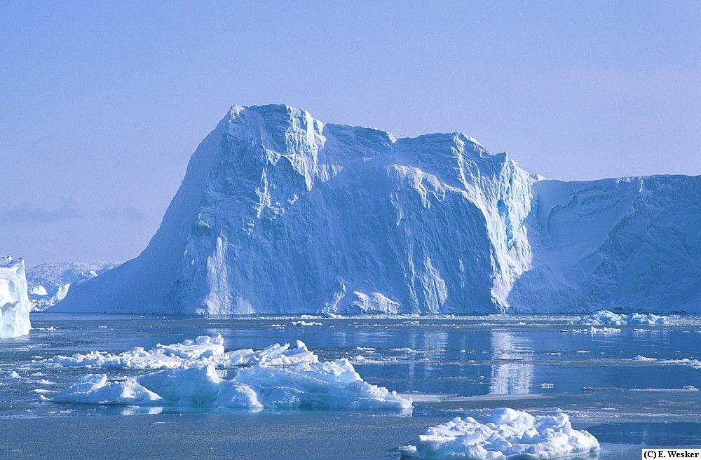 Topirea ghetarilor in Groenlanda
