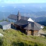 Manastirea de pe Ceahlau