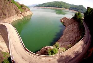 Cel mai adanc lac din Romania(Vidraru)
