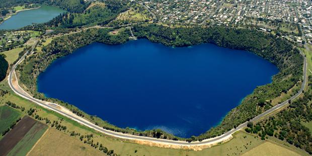 Lacul de cerneala