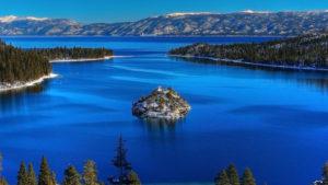 Lacul Tahoe din America