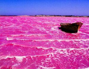 Lacul Roz Hilier