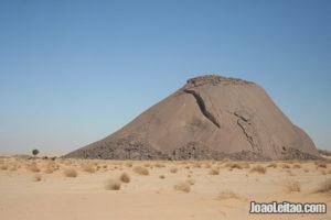 monolitul Ben Amera